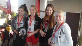 Alle prijzen bij elkaar voor Nina, Henriette, Lisa en Annelotte.